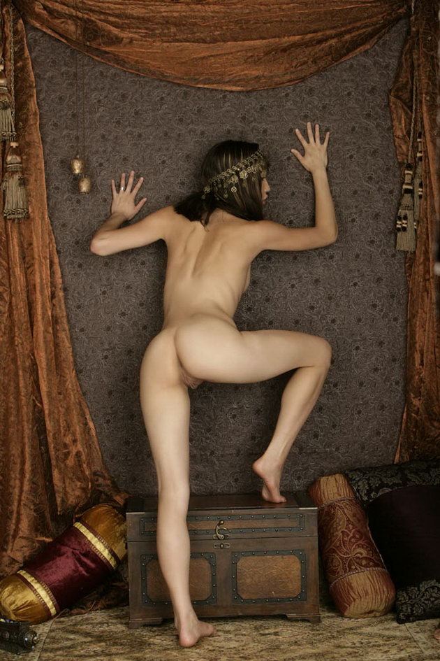 egyptian naked women pic