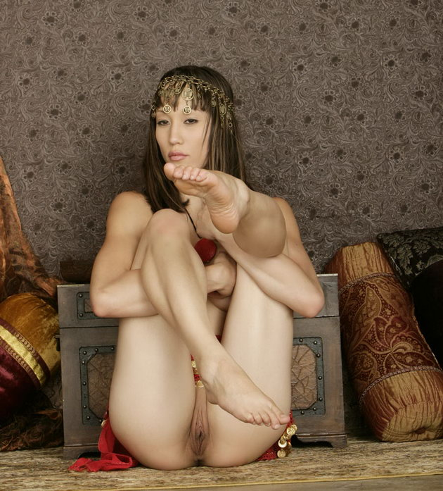 fantasy-naked-egyptian-girls