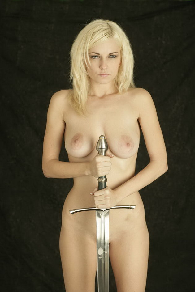 Naked Fantasy Babes, anielle_nude-knight, knight-girl-10
