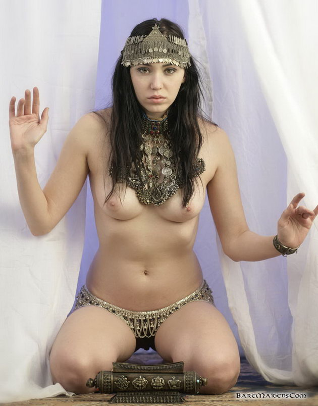 Nude Egyptian Women Video Galleries 9