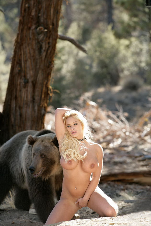 nude girls hunting naked