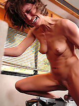 All natural hard body babe gets machine rocked until she screams.
