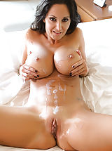 Pussy, Ava has refreshing sexual intercourse after an excellent amazing bathtub