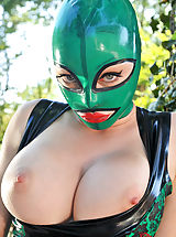 Latex Lucy Shows Her Bare snatch, Taut Anus Outdoors