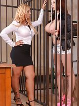 Kyra Hot, Lucie Wilde prison action